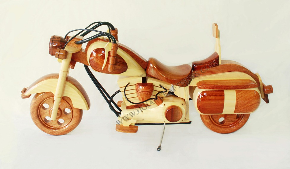 MOTORCYCLE WOODEN CRAFT, Haley-Davidson motobike - Handicraft product