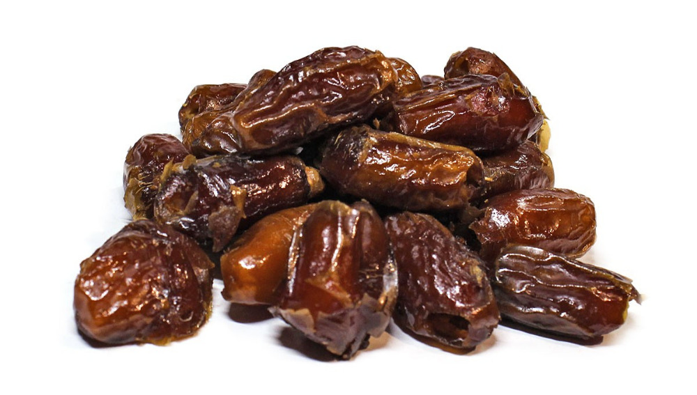 Dried sweet pitted Dates