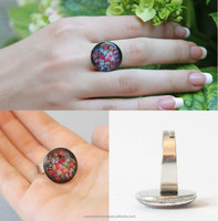 Handmade epoxy ring with flowers