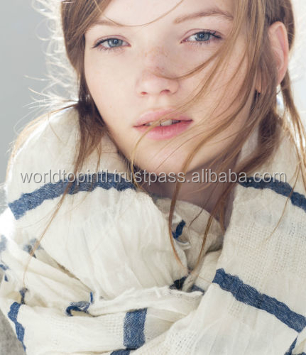 White Striped Wool Scarf, Women Fashion Scarf, Winter Warm Knit Circle Scarf Multicolor Stripe