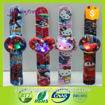 Hot sell kids gifts 4 color printing flashes kids LED bracelet