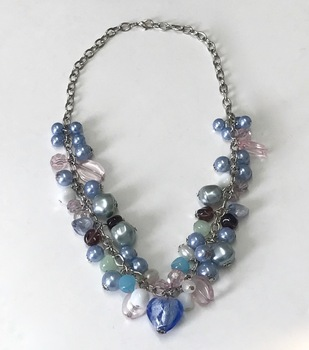 BEAD NECKLACE BLUE
