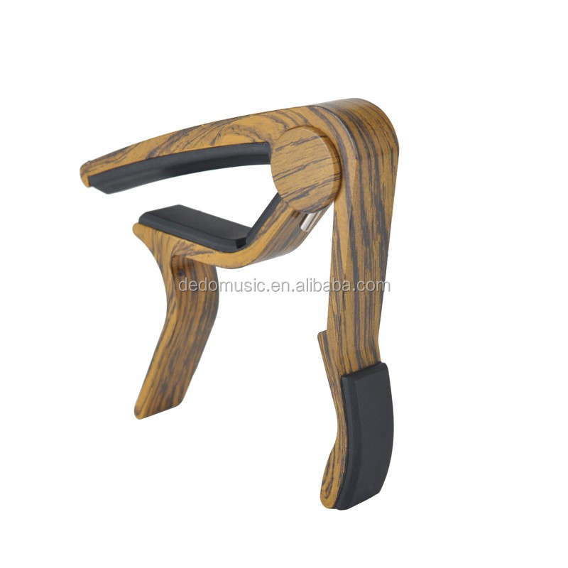 Timber feel guitar capo