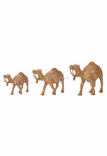 2017 Manufacture High Quality Wood Camel Set