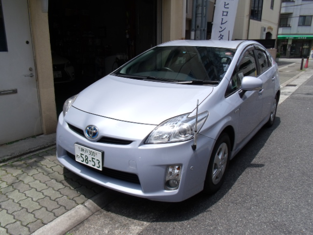 Fashionable and reliable used TOYOTA hybrid saloon, PRIUS with Hybrid