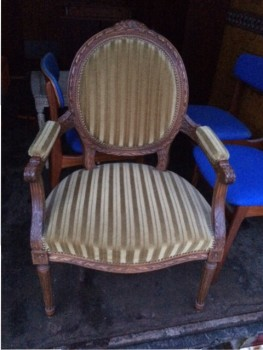 Used Antique Furniture