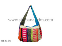 Hot selling product of cotton fabric hobo bags shoulder side jhola bags trendy collection from India