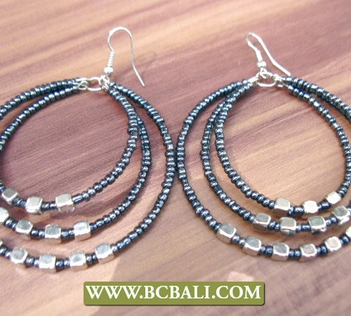 seed beads earrings three hole hoop design