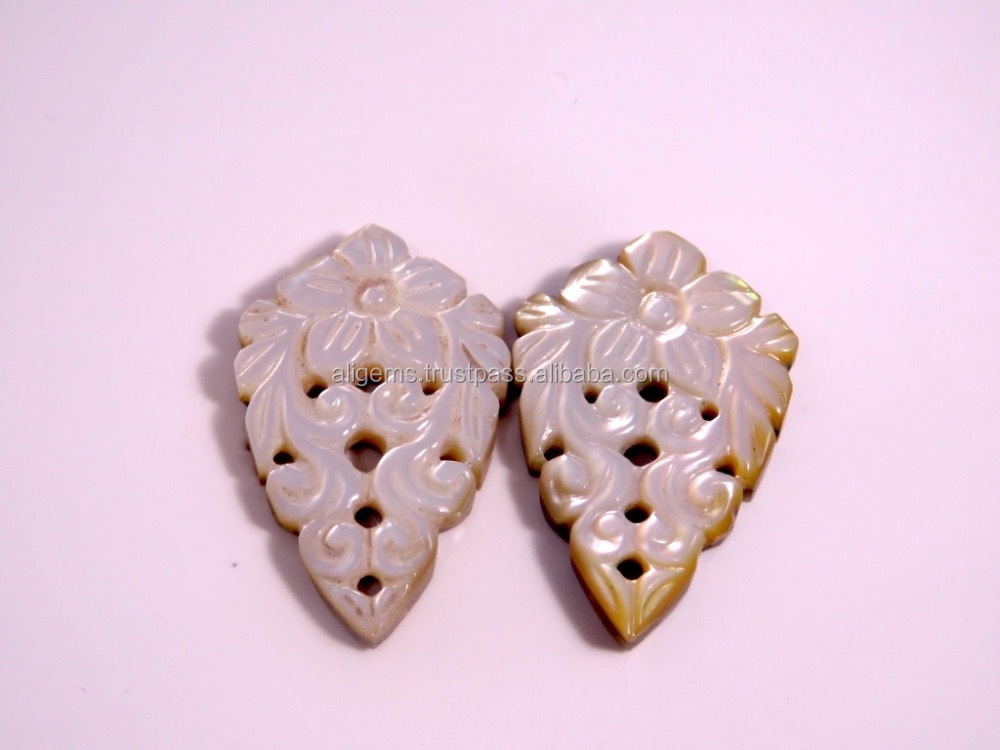 Wholsale 100% Natural semi precious Fancy Pear Shape Pendant jewellery White Shell carving stone