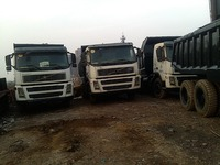 USED VOLVO380 DUMP TRUCK