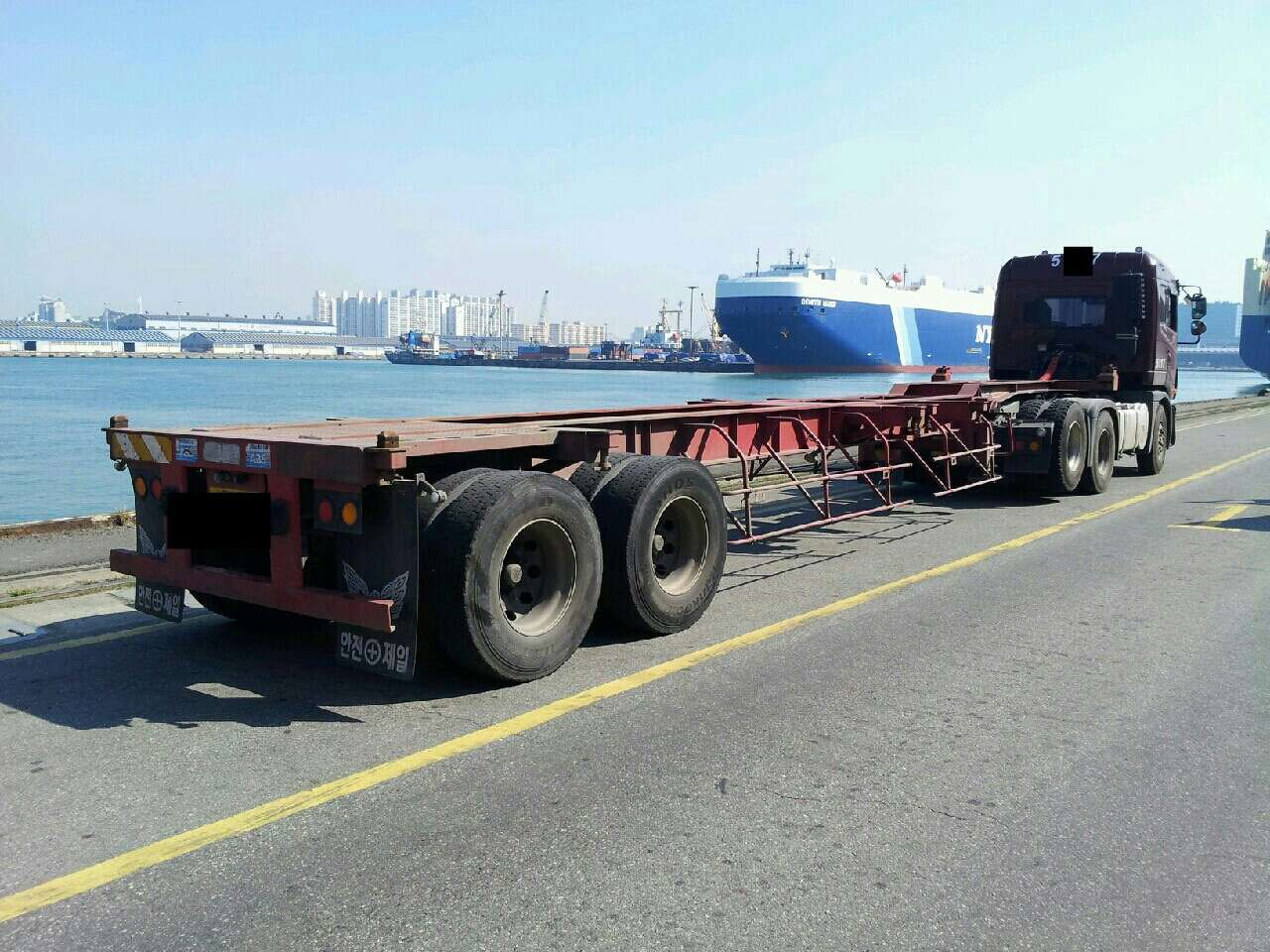 Tractor Trailer Head On : Daewoo tractor head truck buy