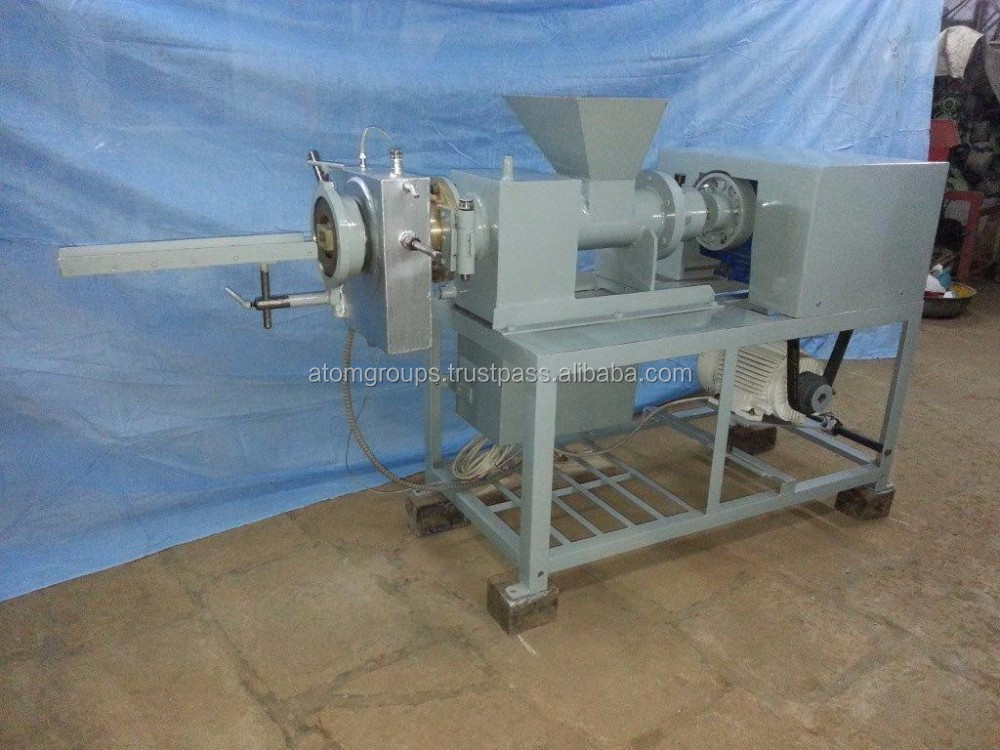 Atom Brand Laundry Soap Plodder Machinery No. L - 3A (500 kgs/8 hours)