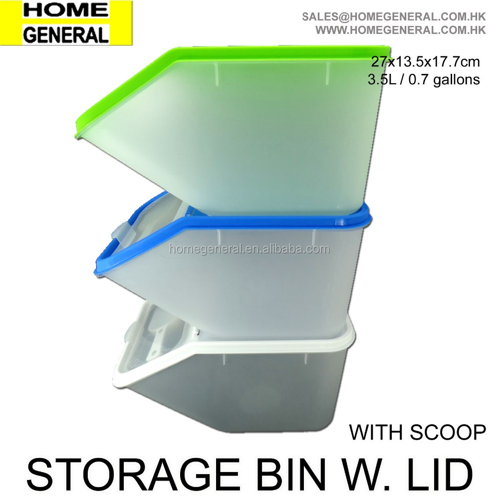 PLASTIC BIN WIH LOCKING LID AND SCOOP