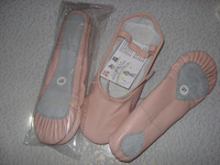Ladies ballet shoes