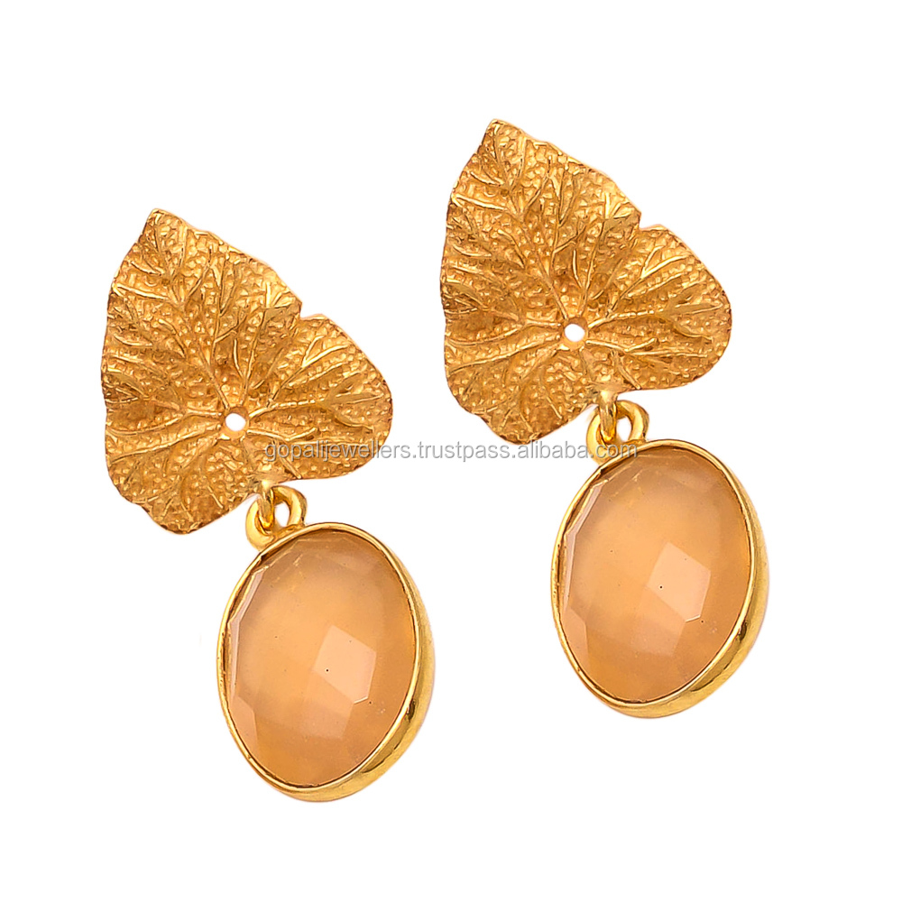 Traditional New Modern Design Vermiel Gold Peach Chalcedony Gemstone Top Earring