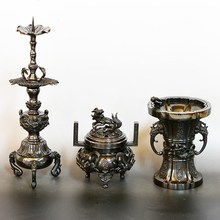 "Beautiful and Japanese A heavenly maiden ""TENNYO "" motif brass Vase , Incense burner and Candlestick set"
