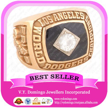 1981 LA DODGERS MAJOR LEAGUE BASKETBALL WORLD CHAMPIONSHIP RING