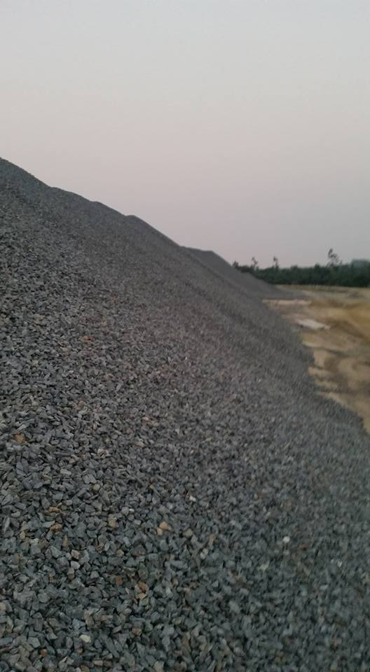 Aggregate, dark grey colour, for road/ railway/ damn construction, any size, any price