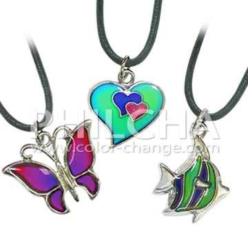 Fashion dolphin best friends mood changing color couple for Fashion jewelry that won t change color