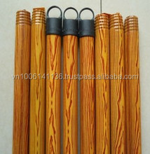 PVC WOODEN BROOM STICK ITALIAN THREAD LACQUERED WOODEN BROOM STICK