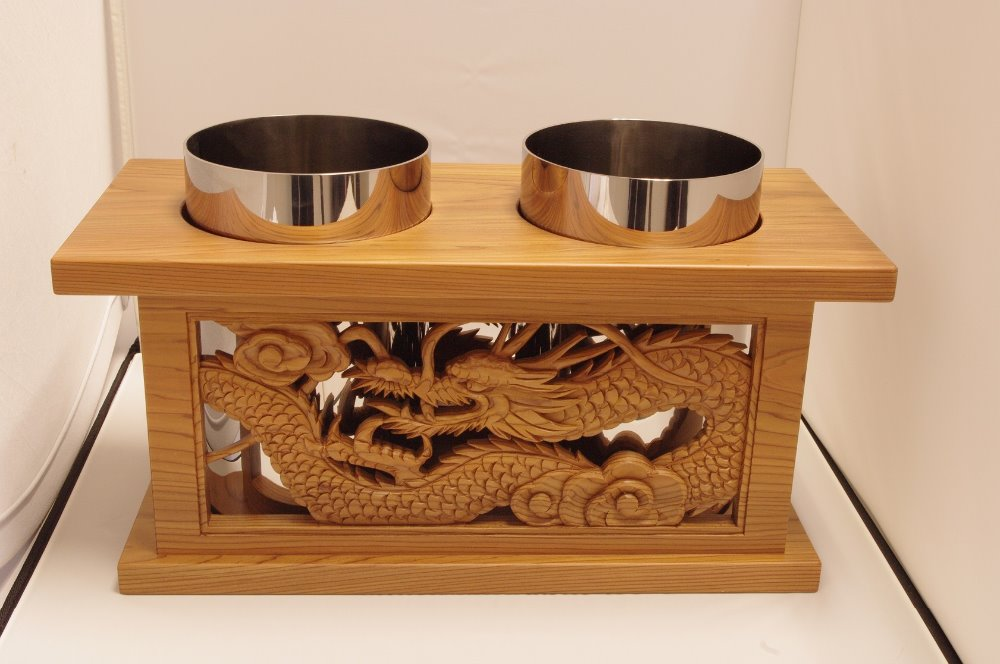 Japanese wine cooler decorated with traditional wooden sculpture for home looking for distributors in Korea wooden wine box
