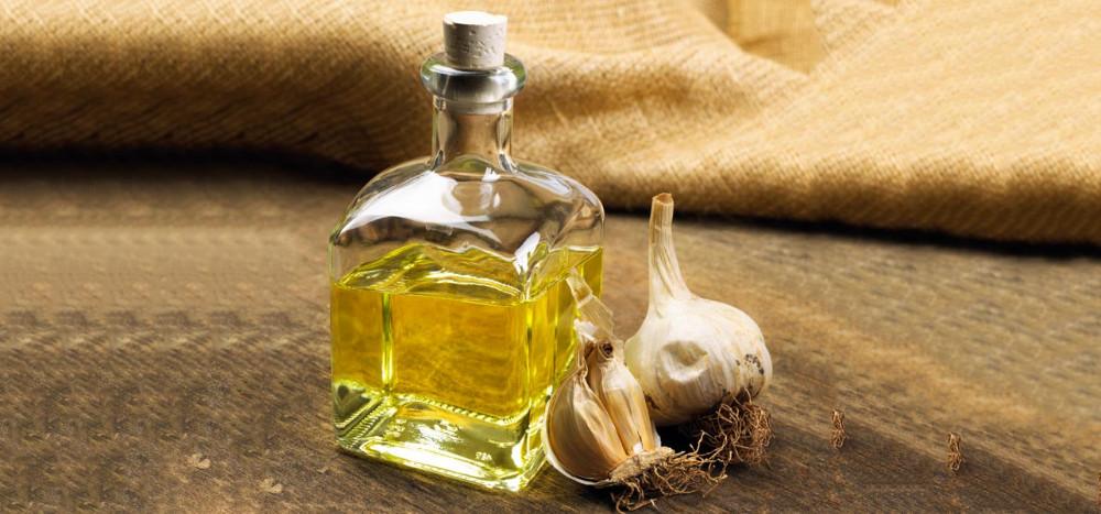 Garlic 100% Pure and Natural Essential Oil