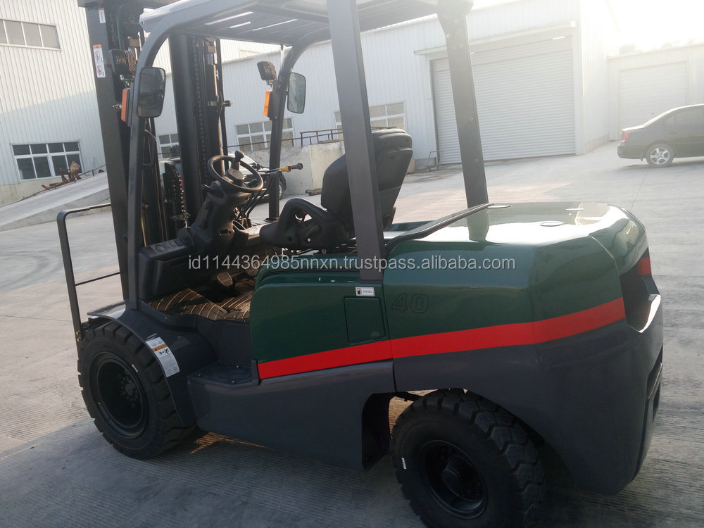 4 ton TCMC diesel forklift tractor 3-point forklift hot sale