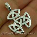 Small Celtic Trinity Knot Silver Pendant, pn103