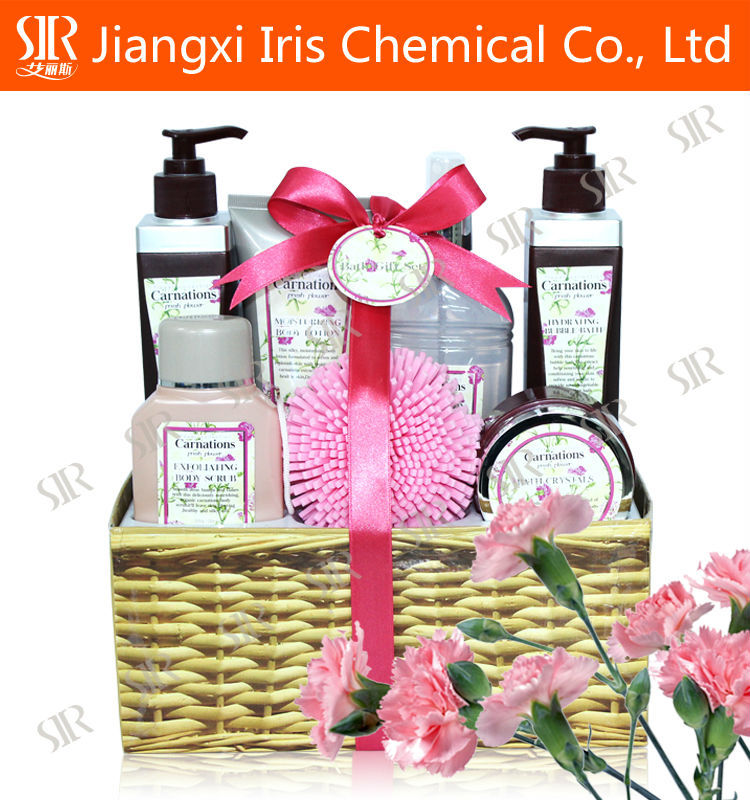 Skin whitening shower gel with mild herbal shampoo
