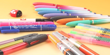 Various types of Japanese writing instruments import pen at reasonable price