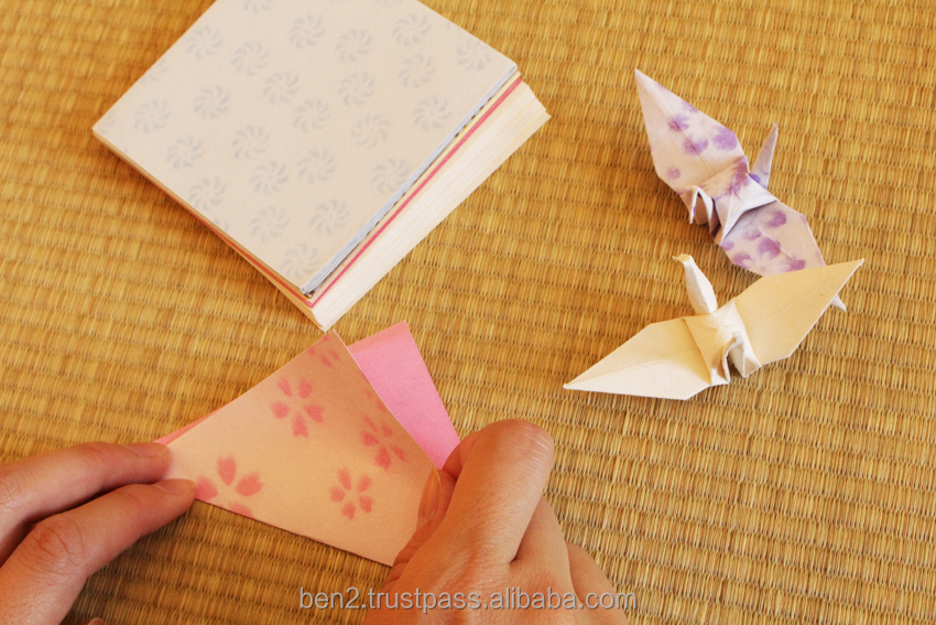 Japanese folding paper( Origami) looking for distributor in Singapore glossy paper