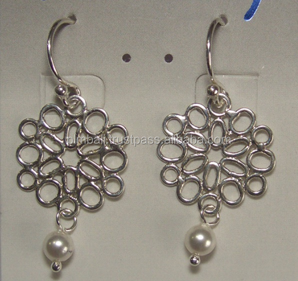 WER-007-Sand dolar shape wire forming earring with pearl