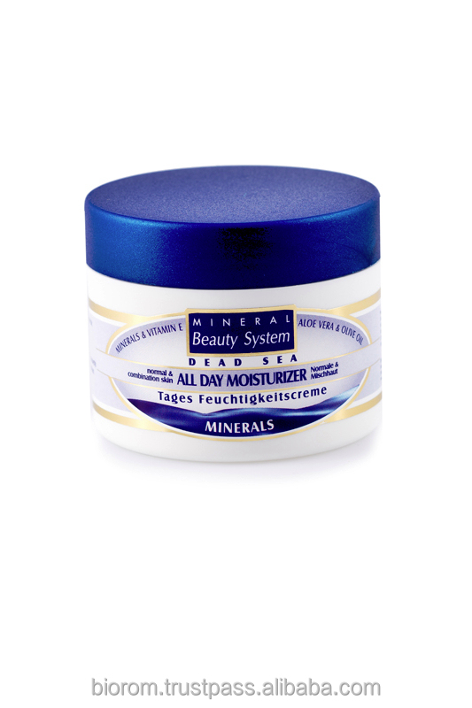 Dead sea moisturizing day cream with minerals and vitamins