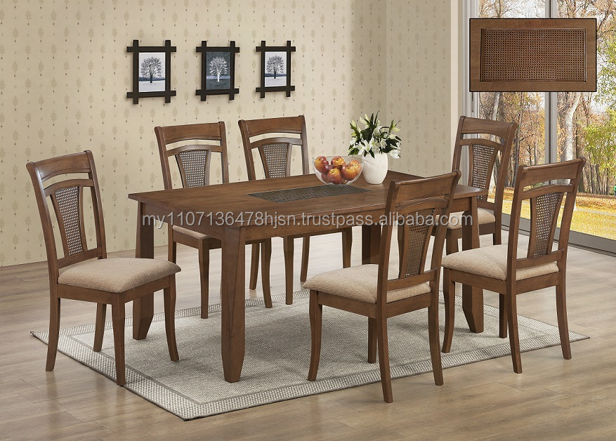Living dining room furniture / Wooden dining table and chair