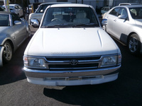 USED VEHICLE FOR SALE IN JAPAN TOYOTA HILUX 2000 (HIGH QUALITY)
