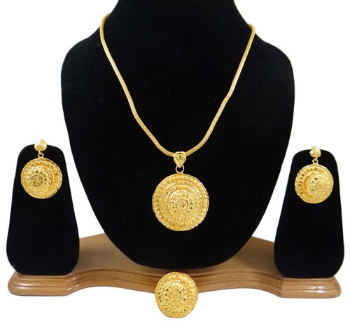 South Indian Jewelry Set 18K Gold Plated Pendant Necklace Sets Women Party Wear Jewelry-BNG1044