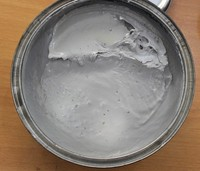 Fast body filler/polyester putty for automotive refinish