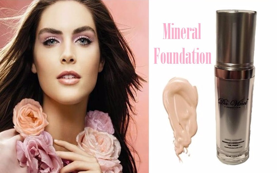 Da Vinci Natural Mineral Liquid Foundation - Free From Oils Made in the USA