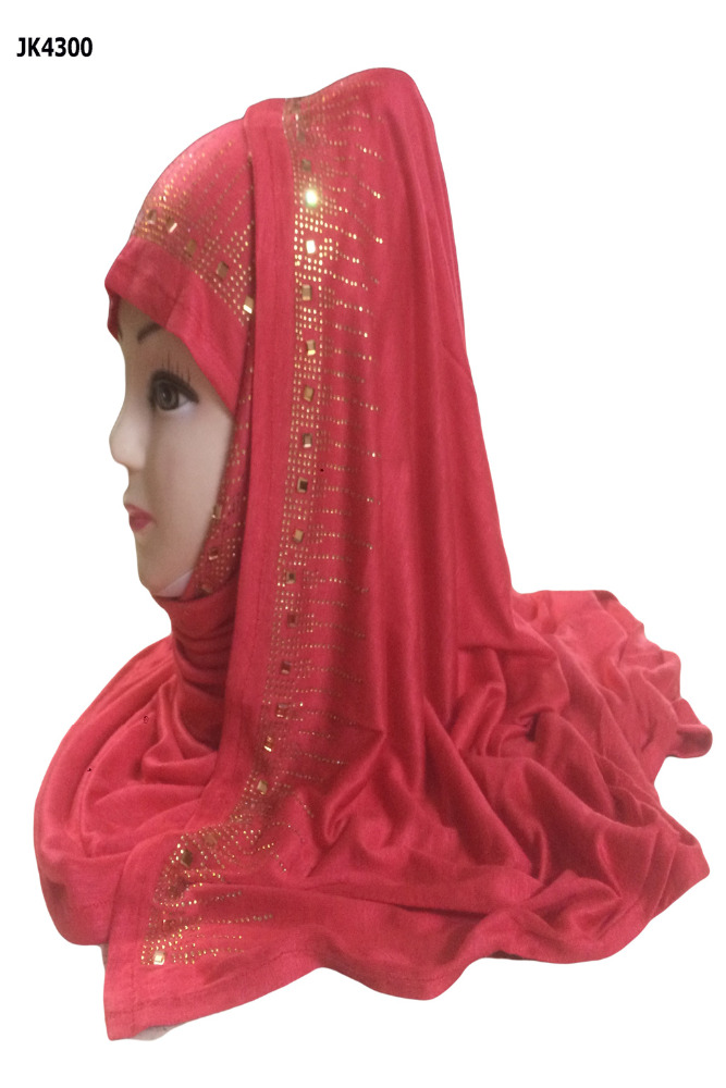 Golden Stone Work Hijab For Daily Casual Wear / Hosiery Cotton Lycra Niqab For Abaya / Headscarf Dupatta For Party Wear