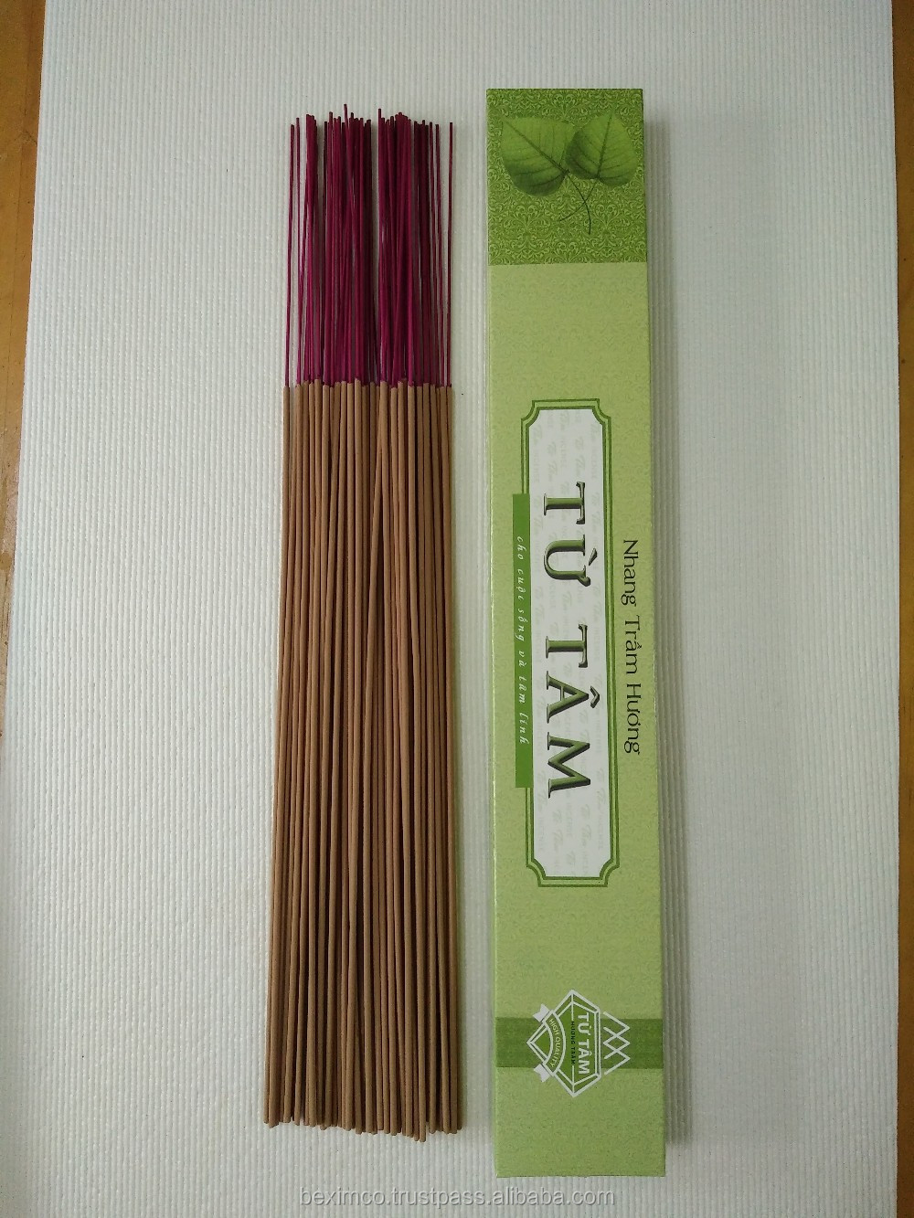 Hot seller Oud Incense with sticks for Taiwan, Hong Kong and Singapore market