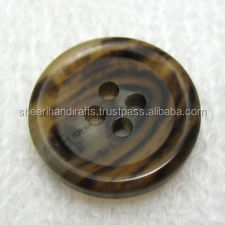 Buffalo horn finish button in factory price
