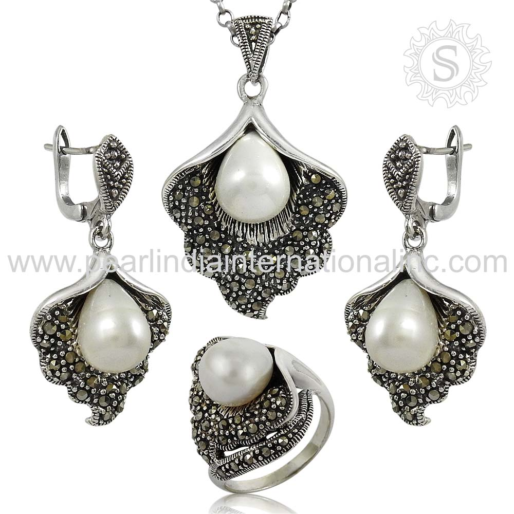 Prominent Pearl, CZ 925 Sterling Silver Indian Jewelry Set Handmade Silver Jewelry Wholesaler Silver Jewelry Supplier