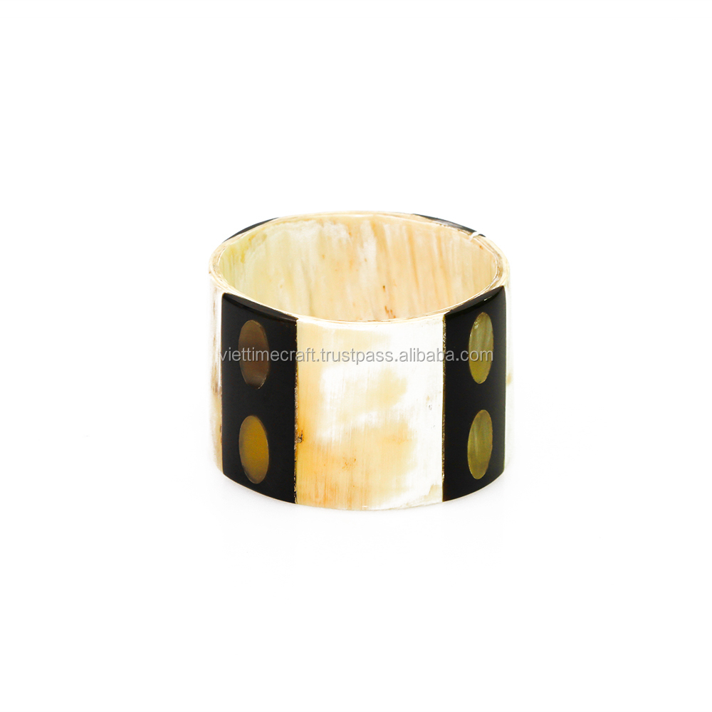 Beautiful and fashionable horn cuff/buffalo horn bracelet for women/horn jewelry