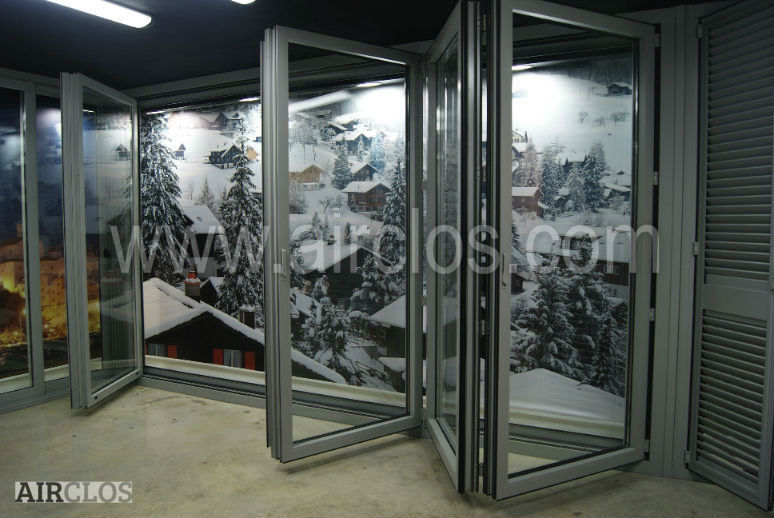 Heavy Duty Folding Door