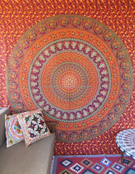 Mandala Tapestry Roundie, round table cloth, throw, bedding, boho, picinic blanket, wall hanging, round beach queen size