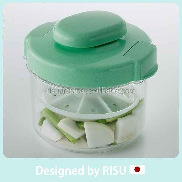 Popular and Portable plastic screw cap pickle container for home use with various sizes