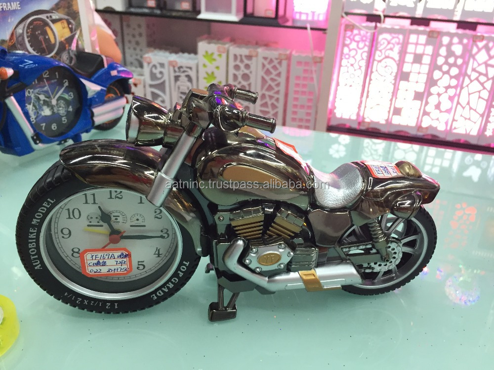Novelty clock motorcycle alarm clock