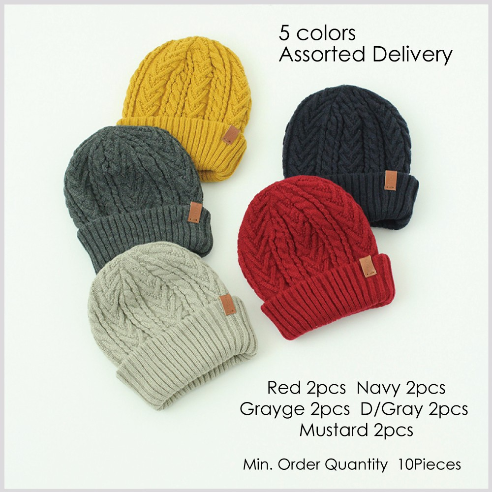 Hot-selling free pom beanie Knitted Beanie with Tasteful