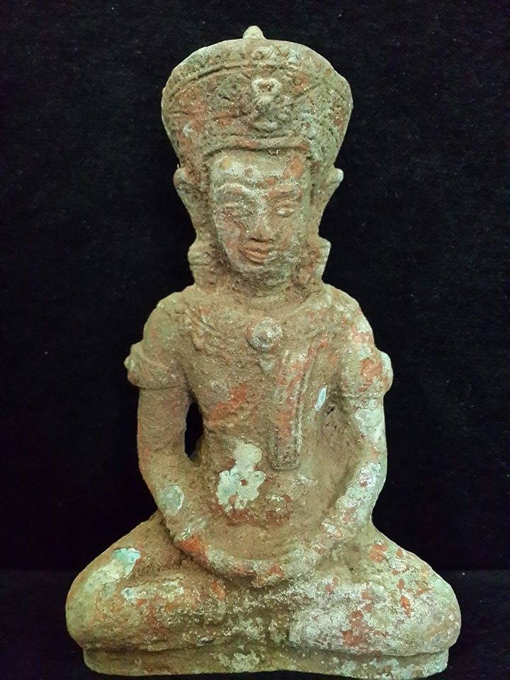 REAL ANTIQUE KHMER STATUE