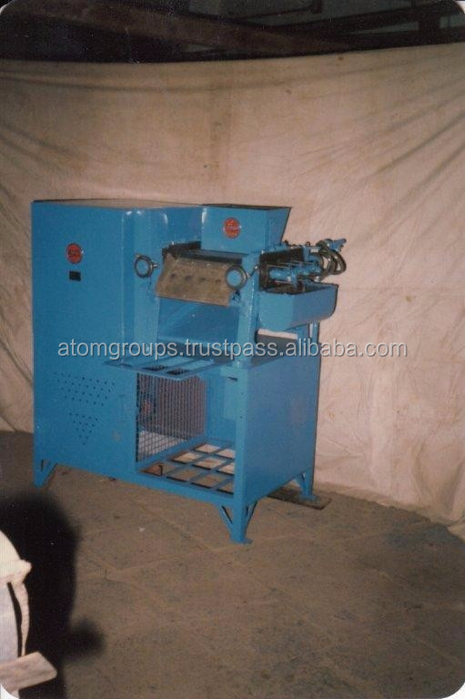Laundry Soap Triple Roll Milling Machine No. L - 2 (250 kgs /8 hours)
